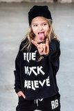 LONGSLEEVE : PLIE , ROCK , RELEVE ( GIRLS) _