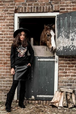 GIRLS :  VEGAN LEATHER ROKJE MET ZAKKEN