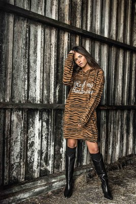HOODED SWEATDRESS TIGER